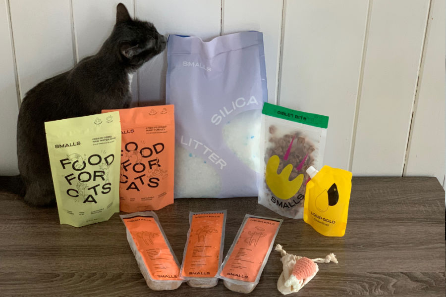 Smalls customised and fresh cat food (Photo: hellobark.com)